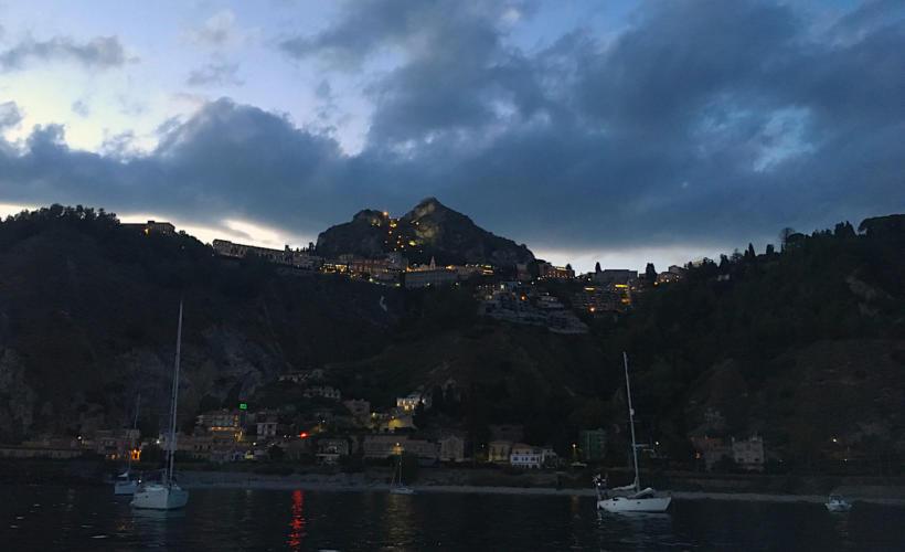 cena-barca-catania-taormina-lusso-01c